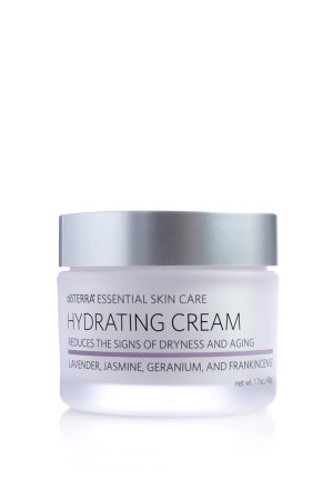 Essential Skin Care Hydrating Cream / Увлажняющий крем